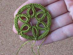 Domocredix - cro-tat - crochet tatting hiding the ends