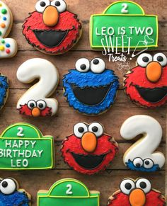 I really enjoyed putting together this space and computer birthday combo. I used Americolor Gel Coloring in Bright White to make . Sesame Street Birthday Cakes, Elmo Birthday Cake, Baby 1st Birthday, Birthday Cookies, Boy Birthday Parties, Birthday Ideas, Elmo Cake, Sesame Street Cookies, Seasame Street Cupcakes