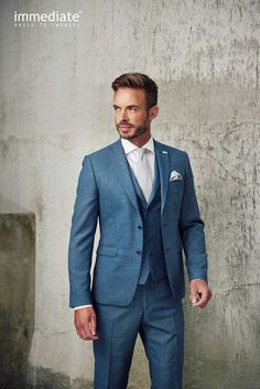 Herrenmode Immediate # Wedding Suits with Anna Moda in Cologne. Beach Wedding Men Outfit, Summer Wedding Suits, Blue Suit Wedding, Summer Groom Suit, Beach Wedding For Men, Wedding Suits For Groom, Burgundy Wedding, Groom Outfit, Groom Attire