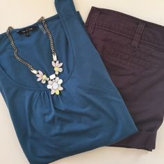 Nic + Zoe | Teal Cinched Blouse | Size: L Nic & Zoe | Teal Cinched Sleeveless Blouse | Size: L | Great Condition | True to Size | Super Soft | No Wear or Damage | Pet/Smoke Free Home | 65% Polyester 35% Rayon Nic + Zoe  Tops Tank Tops