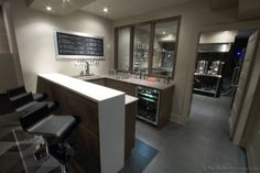 the perfect home bar / home brewery setup @Nicole Foster you need to do this