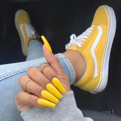 Yellow Vans They are really cute shoes that go perfect w each outfit! Cute Shoes, Me Too Shoes, Women's Shoes, Yellow Vans, White Vans, Red Vans, Yellow Nail Art, Yellow Nail Polish, Gel Polish