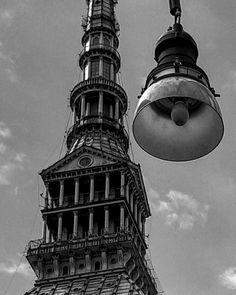 #buonanotte #Torino Questione di prospettiva.  #goodmorning #Torino #moleantonelliana #italy #turin #piemonte #igerstorino #city #igersitalia #architecture #prospettiva #igerspiemonte #igerspiemonte #ig_torino #designs #pic #sky #picoftheday #inlove #labellatorino #ciauturin