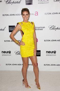 Showcase-Of-Glamorous-Yellow-Dresses-To-Inspire-You-13