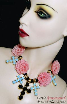"necklace by Chic Doll (Rosalie Schwartz) Modeled by 17"" Sybarite Swallow"