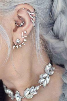 Daith-Piercing: So sieht der neue Trend aus – und er bekämpft sogar Kopfschmerzen! #piercing #daith #daithpiercing