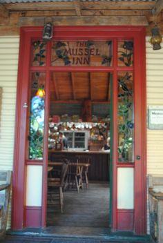 The Mussel Inn, Onekaka, Takaka, New Zealand.