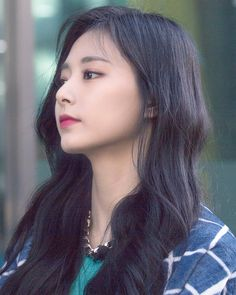 181113 Tzuyu- Twice Nayeon, Kpop Girl Groups, Kpop Girls, Chou Tzu Yu, Tzuyu Twice, Tan Skin, Girl Bands, Saranghae, Dahyun