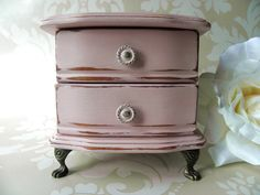 Small Shabby Chic Musical Jewellery Box with Brass Feet Shabby Chic Jewellery Box, Jewellery Boxes, Jewellery Storage, Vintage Jewelry, Country Furniture, Bed Furniture, Painted Furniture, Pink Chalk, Chalk Paint Colors