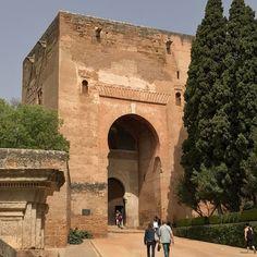 Puerta de la justicia Alhambra de Granada. #alhambra #granada #Andalusia #Andalucia #spain #spain #monument #turist #turismo #travel #traveling #travelgram #travelingtheworld #instapic #instapics #instagood #me #nofilter #nofilters