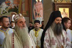 Свету Литургију служили архијереји загребачко-љубљански Порфирије, бачки Иринеј, врањски Пахомије и крушевачки Давид.