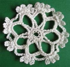 #crochet #snowflake #tutorial_crochet #uncinetto #fiocco_di_neve #flocon_de_neige #Schneeflocken #crochet_pattern_free #häkeln