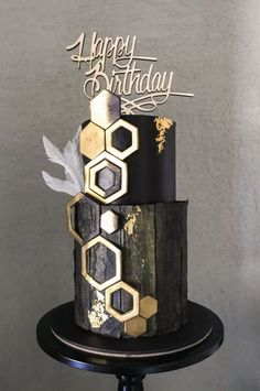 Elegant birthday cake in black & gold cake … - Birthday Cake Easy Ideen Elegant Birthday Cakes, Birthday Cakes For Men, Elegant Cakes, Birthday Cupcakes, Tiered Birthday Cakes, 70th Birthday Cake, Harry Birthday, Black And Gold Cake, Black Gold