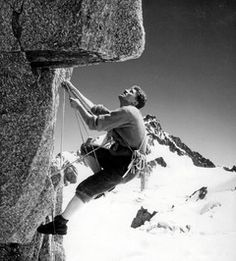Walter Bonatti Mountain Climbing, Rock Climbing, Trekking, Early Explorers, Alpine Style, Kayak, Amazing Adventures, Extreme Sports, Mountaineering