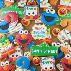 Bubble Birthday, 2nd Birthday Party Themes, Elmo Party, Elmo Birthday, Birthday Cookies, Boy Birthday Parties, Mickey Party, Dinosaur Party, Dinosaur Birthday