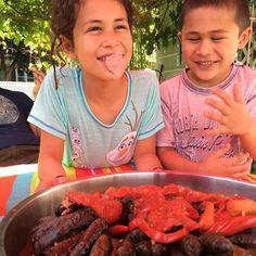 Pop that bubble!  #grapeleaves #Dearborn #Michigan #kids #kidscook #kidfoodie #kidtravel #food #foodie #Lebanon #Lebanese
