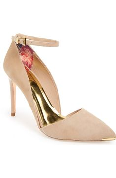 So obsessed with these dramatic pointy toe pumps by Ted Baker! The gold accents are so pretty.