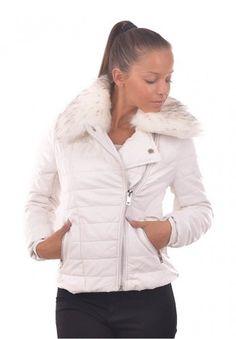 Geci de dama de iarna ieftine: Geaca scurta alba cu guler din blana eco Diana Winter Jackets, Fashion, Winter Coats, Moda, Winter Vest Outfits, Fasion