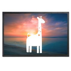 Fußmatte Druck Giraffe aus Velour  Schwarz - Das Original von Mr. & Mrs. Panda.  Die wunderschönen Fussmatten von Mr. & Mrs. Panda sind etwas ganz besonderes. Alle Motive werden von uns entworfen und jede Fussmatte wird von uns in unserer Manufaktur selbst bedruckt und liebevoll an euch verschickt. Die Grösse der Fussmatte beträgt 60cm x 40cm.    Über unser Motiv Giraffe  Rekord: Giraffen sind die höchsten landlebenden Tiere der Welt. Männchen können bis zu 6 Meter hoch werden. Giraffen…