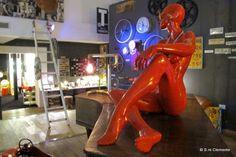 Salvatore Clemente: Fotografie: Red woman - Vintage 2