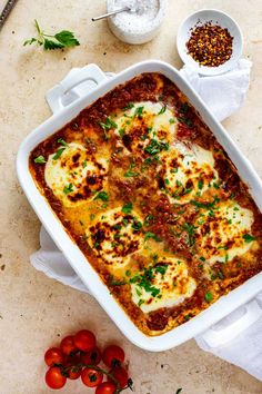 Keto Eggplant Lasagna will feed your body and soul. It is pure comfort food without the carbs that traditional lasagna recipes have. Low Carb at its best! Eggplant Lasagna, Grilled Eggplant, Keto Recipes, Cooking Recipes, Recipes Dinner, Free Recipes, Keto Lasagna, Lasagna Recipes, Low Carb Marinara