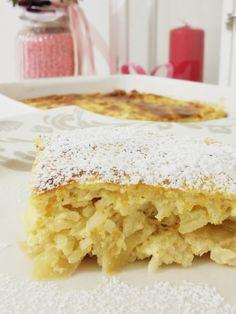 Cazuela de arroz con queso cottage y manzana - backen - Yummy Drinks, Delicious Desserts, Austrian Recipes, Good Food, Yummy Food, Breakfast Dessert, Bakery, Sweet Treats, Food Porn