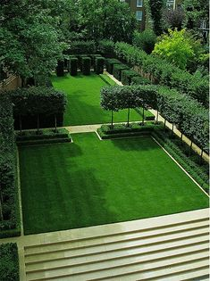 Yew cubes, pleached hornbeam, and boxwood hedges frame a lawn in London. Designer Luciano Giubbilei garden design Rooms With a View Modern Landscape Design, Modern Landscaping, Landscape Architecture, Garden Landscaping, Landscaping Ideas, Architecture Design, Garden Hedges, Fashion Architecture, Architecture People
