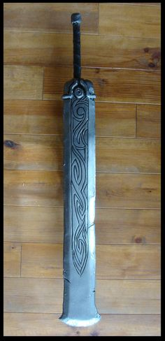 Minos-Sword by ~Bear-Crafter on deviantART. For minotaur? Advantage of having a meat cleaver that can't stab?