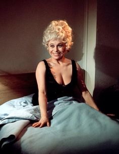 Barbara Windsor Actress comedian English Carry On Movies Classic Actresses, British Actresses, Actors & Actresses, Barbara Windsor, Sidney James, Kenneth Williams, Tv Icon, British Comedy, People Of Interest