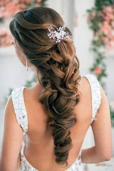 wedding hairstyles pretty half up half down wedding wedding hair half and medium lengths. Black Bedroom Furniture Sets. Home Design Ideas