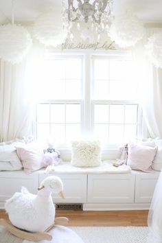 I love creating beautiful, calming and functional spaces. When we found out that we were having a girl, I wanted a dreamland nursery.