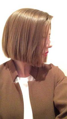 Hey Ladies, heute reden wir über kurz geschnittene Frisuren. Dies ist absolut reichlich Fortschritt, wenn Sie den Bart Trend mit Ihren beeline Haarfrisuren abkürzen wollen. Langer und gewohnter Bart kann Ihre Absorption auf eine absorbierende Art und Weise verlocken, aber abgekürzte Bartformen werden in der zeitgenössischen Form so akzeptiert, dass Sie nicht in der Lage …