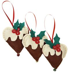 Looking for a Christmas craft project? We show you how to sew little love heart Christmas pudding decorations.