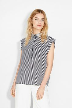 Monki   View all in outlet   Beata blouse