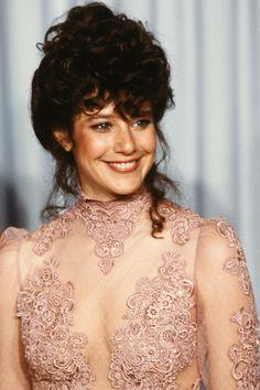 1982: Debra Winger