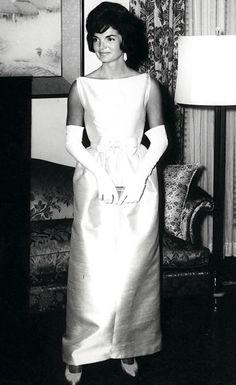 Jackie Kennedy ... classic style