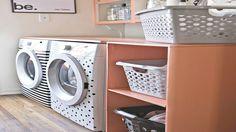 Astuce déco pour relooker sa machine à laver ou un appareil électroménager avec du ruban adhésif isolant pour électricité noir ou de couleur pop