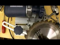 Table saw blade sharpening jig - YouTube