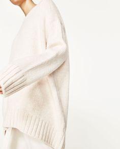 Image 3 of OVERSIZED SWEATER from Zara