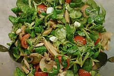 Feldsalat mit Parmesankäse (Rezept mit Bild) von chilihexe | Chefkoch.de
