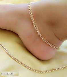 Silver Anklets Designs, Anklet Designs, Gold Earrings Designs, Ankle Jewelry, Back Jewelry, Toe Ring Designs, Gold Anklet, Women's Anklets, Sterling Silver Anklet