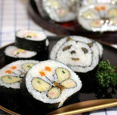 今年の節分はこんな可愛い巻き寿司がつくりたい!I don't know what that means, and I don't think I'd eat these, but cute!