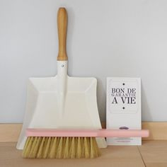 Beautiful but spensy Dustpan + Brush - Andrée Jardin - Boutique