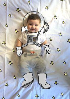 Olivia de Mayor Quiere ser Astronauta. Fotografia & Ilustración Creativa de bebés y niños soñadores. bebé baby