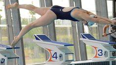 Sophie de Ronchi à la piscine olympique de Dijon en préparation aux championnats du monde de natation en juillet 2013 © Damien Rabeisen