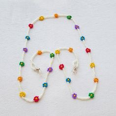 Cute Jewelry, Beaded Jewelry, Beaded Bracelets, Eyeglass Holder, Bohemian Bracelets, Bracelet Crafts, Beads And Wire, Diy Necklace, Jewelery