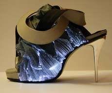 The Shoes By Francesco Castagnacci Play With Light and Fibre #shoes trendhunter.com