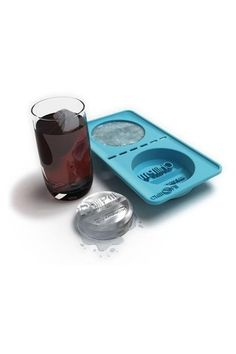 Chill Pill - Giant Pill Shaped Ice Cube Tray.