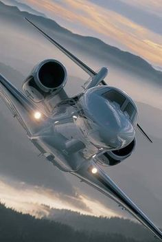 Cessna Citation X, the highest flying commercial Jet Jets Privés De Luxe, Luxury Jets, Luxury Private Jets, Private Plane, Avion Jet, Jet Privé, Jet Plane, Air Travel, Fighter Jets
