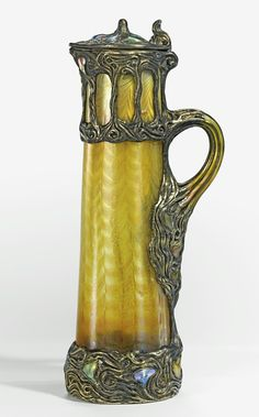 Tiffany Studios AN IMPORTANT AND RARE MOUNTED CLARET JUG.
